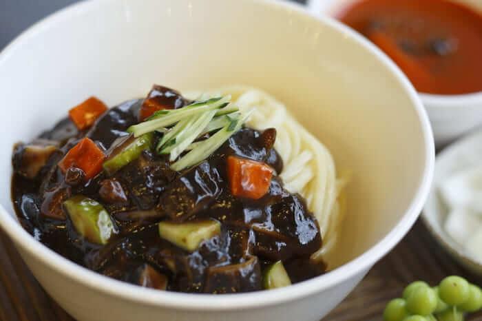 韓国ジャージャー麺