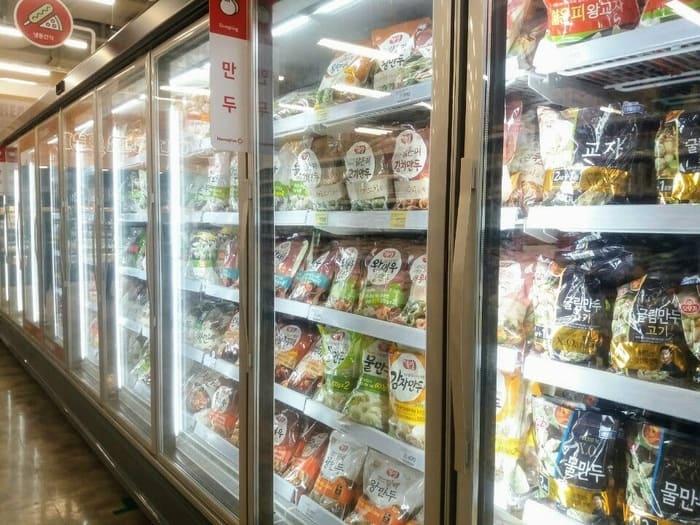 韓国マート冷凍コーナー