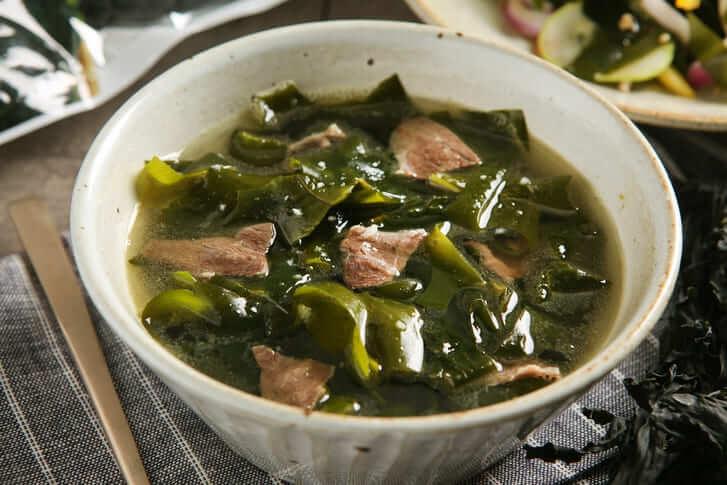 チムジルバンわかめスープ
