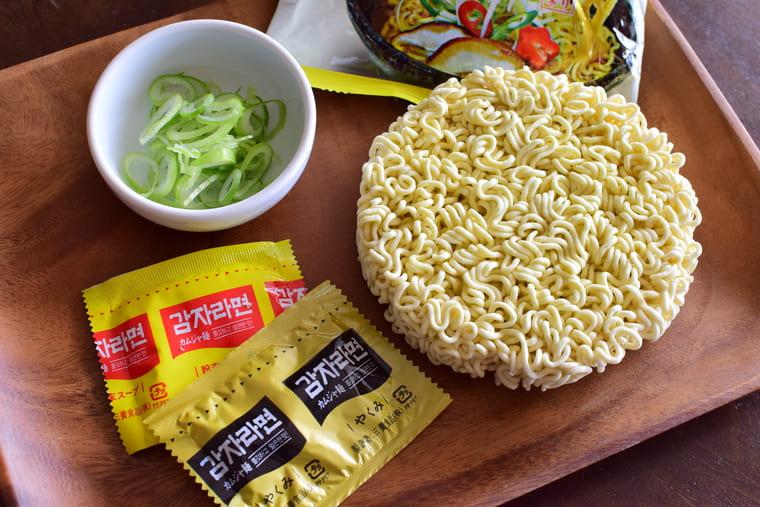 samyangカムジャ麺中身