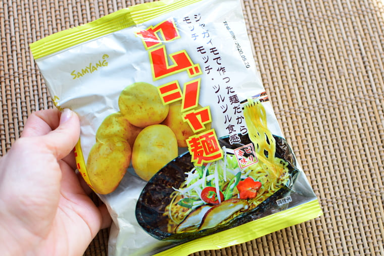 samyangカムジャ麺全面