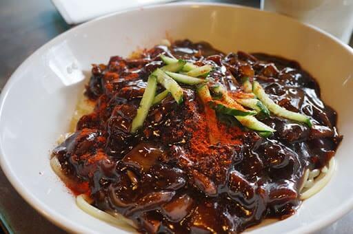 韓国チャジャン麺