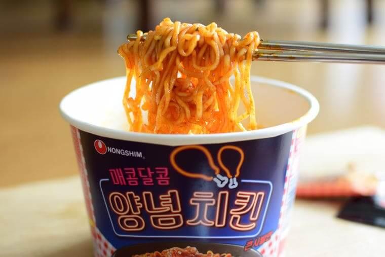 ヤンニョムチキンカップ麺DSC_0874