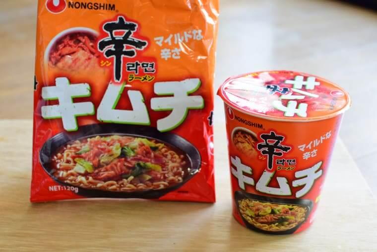 辛ラーメンキムチ袋麺とカップ麺