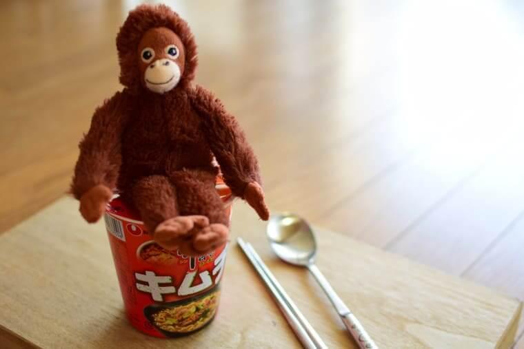 辛ラーメンキムチカップ麺お湯3分
