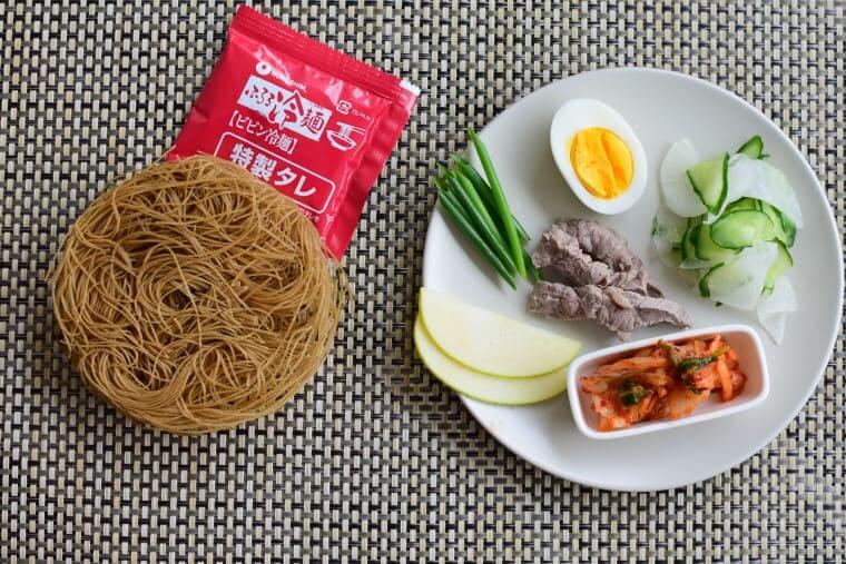 ふるるビビン冷麺材料