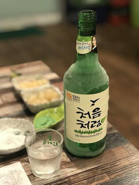 韓国焼酎チョウムチョロム