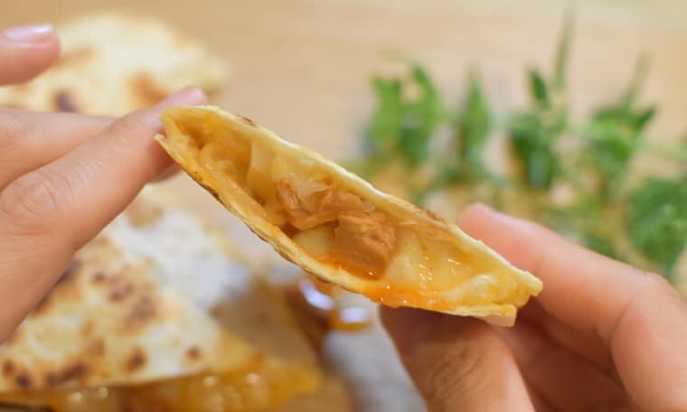 韓国唐辛子ツナ缶トルティーヤ手